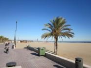 De Boulevard aan het strand van Valencia, kerst 2010 (foto: René Hoeflaak)