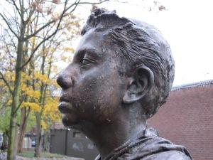 Rotterdam, standbeeld zonder verhaal (foto: René Hoeflaak)