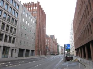 Duitsland, Centrum Düsseldorf, 24 december 2012: Een  verlaten Breite Straße (foto: René Hoeflaak)