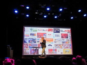 Haarlem, vanavond:  Jelle Kolleman vertelt op het podium van het Patronaat over zijn nieuwste plannen (foto: René Hoeflaak)