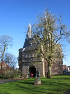 Kampen, 2 februari 2013: De Cellebroederspoort uit 1465. (foto: René Hoeflaak)