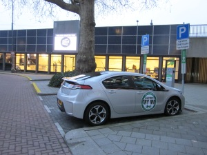 Rotterdam, Delftse Plein, 26 februari 2012; Oplaadpunt Electrische auto voor het Electrisch Vervoer Centrum (foto: René Hoeflaak)