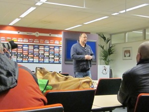 """Vrijdag 15 maart 2013: Rotterdam, Sparta stadion. RTL 7 directeur Marco Louwerens spreekt over de serie """"SPARTA: Achter De Poorten Van Het Kasteel' (foto: René Hoeflaak)"""