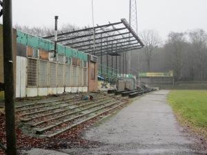 Stadion De Wageningse Berg, 9 maart 2013: Strijden tegen verloedirig.(foto: René Hoeflaak)