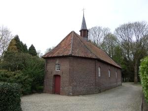 25 april 2013: Vlakbij Weert: St.Oda-kapel. (foto: René Hoeflaak)