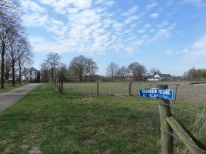 Platteland bij Weert, 25 april 2013: Voorhoeveweg (foto: René Hoeflaak)