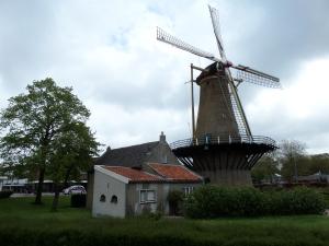 13 mei 2013, Rozenburg: Molen de Hoop (foto: René Hoeflaak)