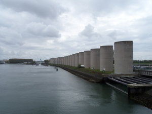 Rozenburg, Calandkanaal, vernoemd naar ir. Pieter Caland, ontwerper van het plan voor de Nieuwe Wterweg (foto: René Hoeflaak)