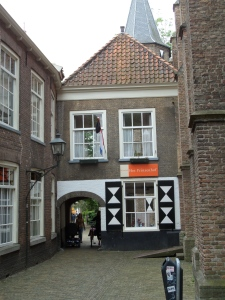 Delft, 13 juni 2013: Prinsenhof. (foto: René Hoeflaak)