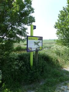 6 juni 2013: Oude Tonge, Herdenkingsbord op de Oudelandse Dijk (foto: René Hoeflaak)