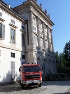 Milaan, 27 juli 2013; De Milanese brandweer is aanwezig bij de herdenkingsbijeenkomst van de bomaanslag in 1993 waarbij onder meer drie brandweerlieden omkwamen (foto: René Hoeflaak)