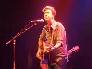 Den Haag, 13 september 2013: Zanger/gitarist/tekstschrijver BJ Barham van American Aquarium in het Paard van Troje. (foto: René Hoeflaak)