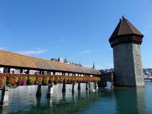 Luzern, 7 september 2013: Kapelbrug en watertoren (foto: René Hoeflaak)