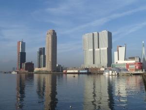 Rotterdam, Rijnhaven, 3 december 2013. (foto: René Hoeflaak)