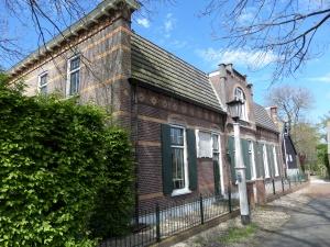 Het voormalige veerhuis aan de Pinkeveer in de gemeente Giessenlanden (foto: René Hoeflaak)