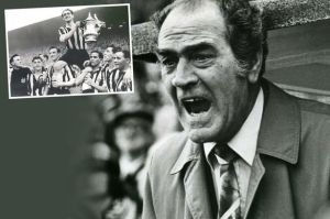 Joe Harvey, als manager en speler (bron foto: Chronicle Live)