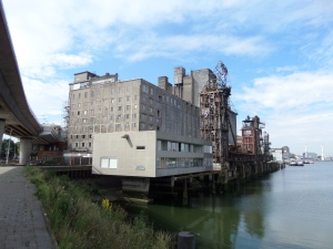 Rotterdam, Maashaven, 25 juli 2014: De Maassilo (foto: René Hoeflaak)