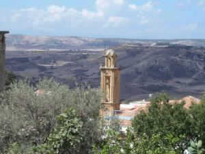 Noord-Cyprus: Voormalige Grieks-Orthodoxe kerk in Kozankoy (foto: René Hoeflaak)