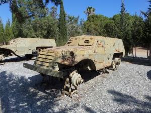 Karaoğlanoğlu, buitgemaakt Grieks legervoertuig in het Peace and Freedom Museum (foto: René Hoeflaak)