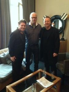 31 oktober 2014: Charlie Burchill, ondergetekende en Jim Kerr (foto: René Hoeflaak)