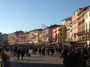 Verona, 1 januari 2015: Piazza Bra (foto: René Hoeflaak)