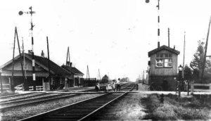 Station Nieuwerkerk aan den IJssel rond 1900 (foto: www.stationsweb.nl)