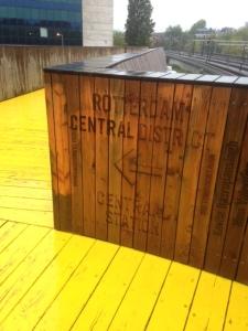 Rotterdam, Luchtsingel, wijst de weg naar Rotterdam Central District (foto: René Hoeflaak)