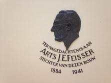 Portret van Feisser in GGD gebouw (foto: René Hoeflaak)