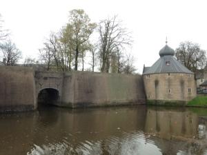 Breda, 20 november 2015: Tolbrugpoort (foto: René Hoeflaak)