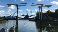 Lansingerland, 30 september 2016: de Pekhuisbrug over de Rotte (foto: René Hoeflaak)